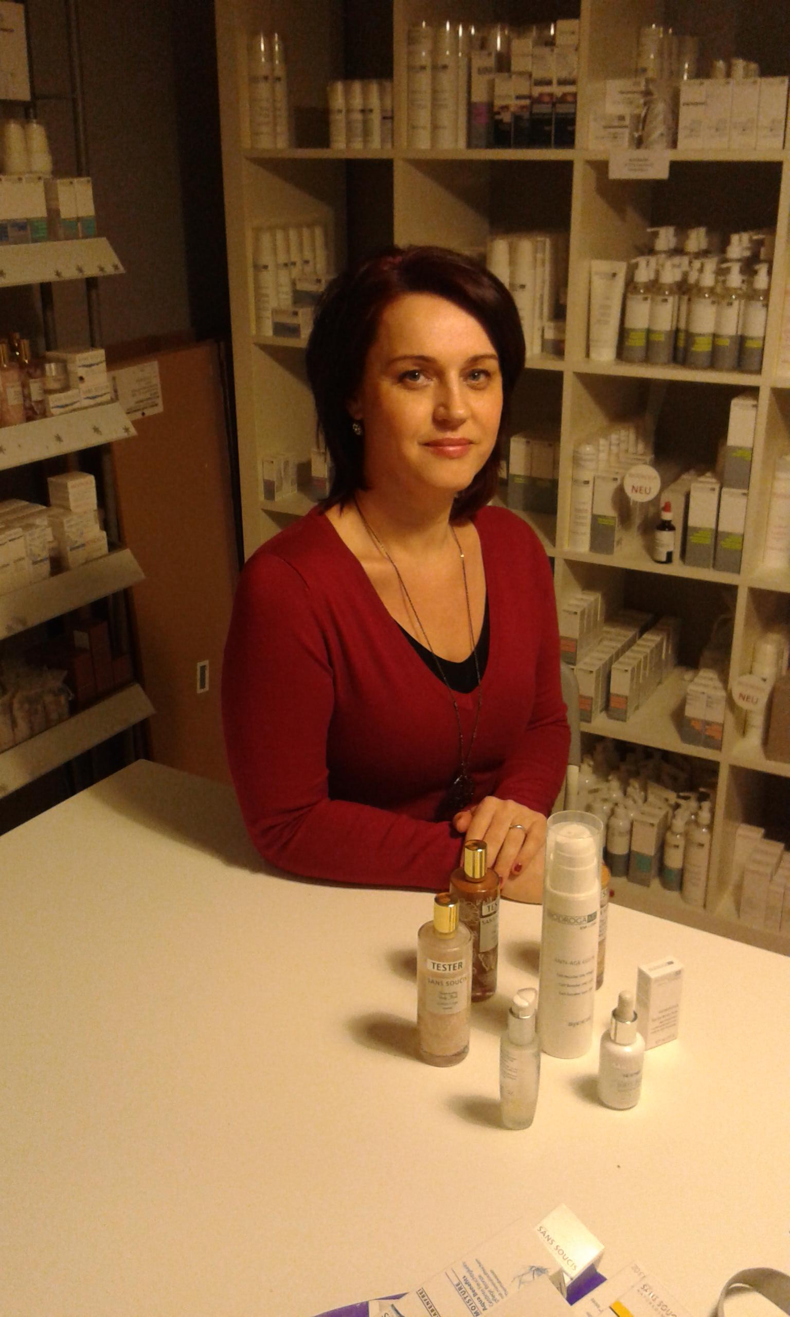 gyémántfejes hámlasztás, mikrodermabrázió, arckezelés, kozmetikai kezelés, arcfiatalítás, dermaroller dermokozmetikum